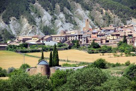 Salàs de Pallars from the Mountains
